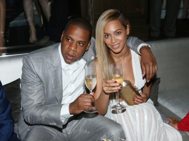 ay Z and Beyonce attend The 40/40 Club's 10-Year anniversary party in June 2013 in New York City